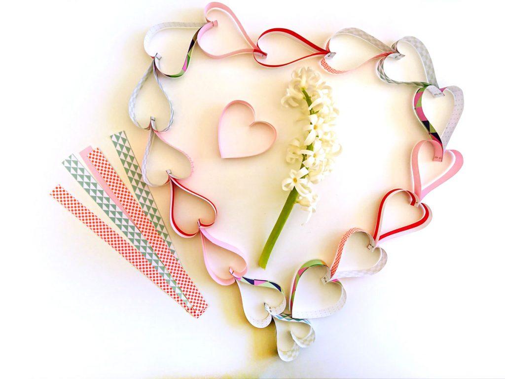 Bild für Herzchen-Girlande zum Valentinstag
