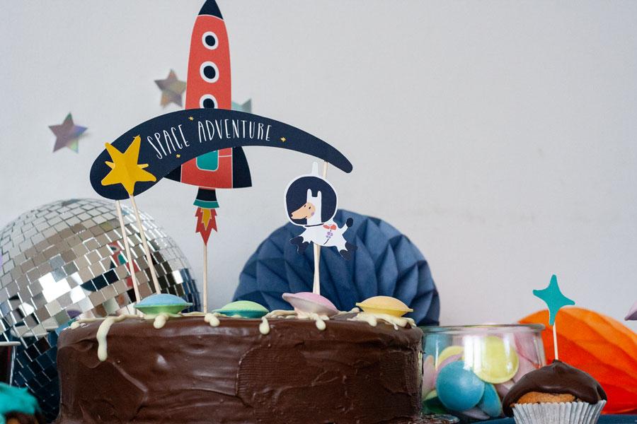 Spaceparty-Torte mit Caketopper